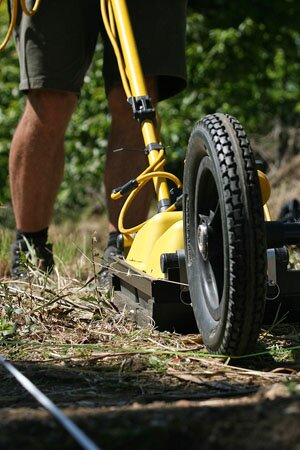 GPR survey by L. Verdonck on the forum of Ammaia (photograph by D. Taelman)