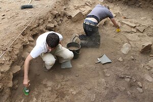Photograph of the 2009 excavations on the thermae (photograph by F. Vermeulen)