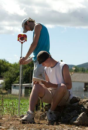 Topographical survey on the roman city of Ammaia during the 2009 summer field campaign (photograph by G.Verhoeven)