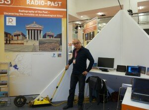 Cornelius Meyer from partner Eastern Atlas (Germany) showing a georadar used during geophysical surveys.